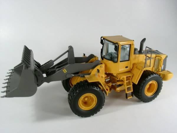 Volvo L 180 E MOTORART 1:50 mo 10447 1