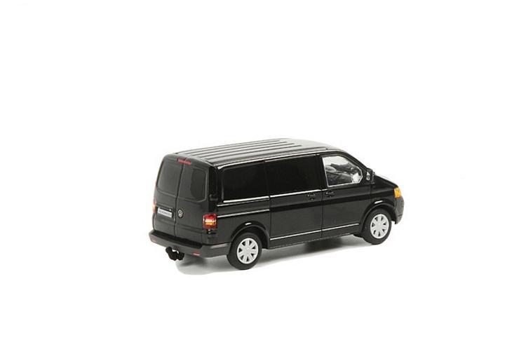 VW Transporter T5 schwarz