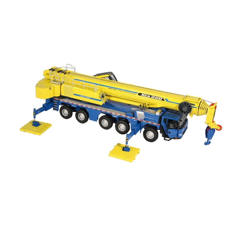 XCMG XCA 220 Mobilkran blau/gelb