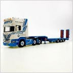 Scania R Topline w/3-Axle Semi Lowloader - Van de Brink